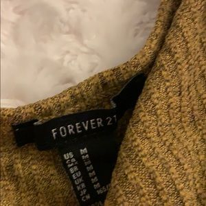 Forever 21 Tops - Fall t shirt